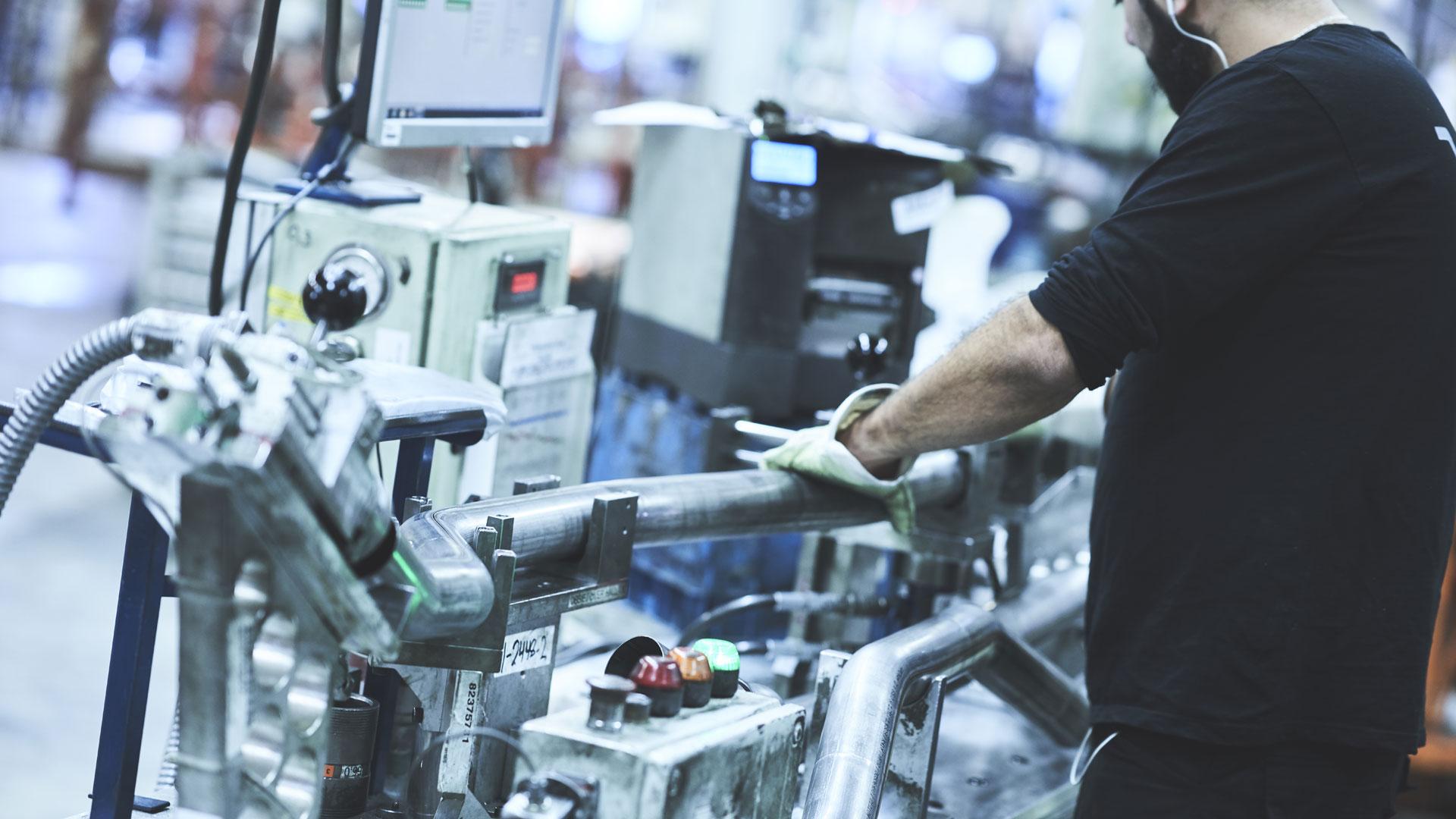 Bocka rör i material som stålrör, hydraulrör, rostfria rör, mässingsrör, kopparrör och aluminiumrör